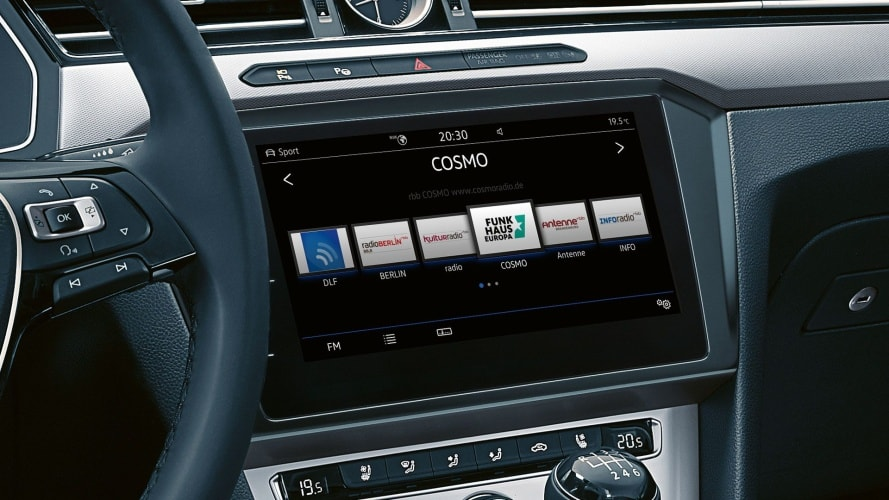 Volkswagen Passat - display